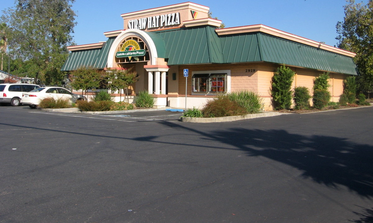 Stylish exterior of the Rancho Cordova restaurant